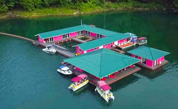 Kenyir-Eco-Resort-Floating-Accomodation